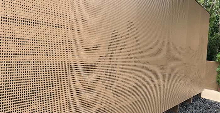 室内密拼铝单板的冲孔发展