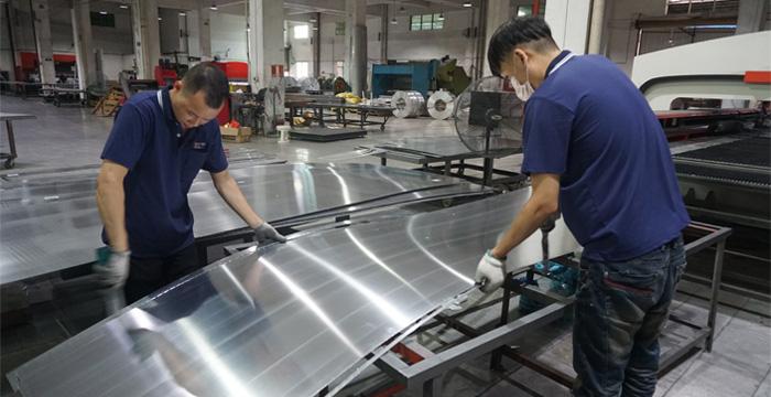 影响室内密拼铝单板生产的因素